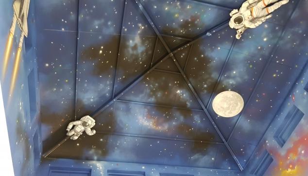 ציורי גלקסיה על ידי הלל לזרוב