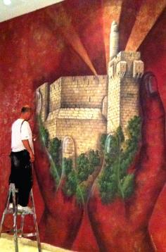 האמן במהלך עבודתו (12)