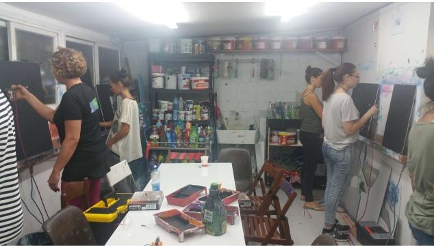 הקורסים לאמנות האיירבראש להכשרת ציירי קירות