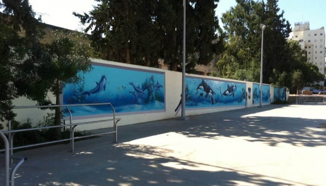 ציורים של דולפינים באיירבראש