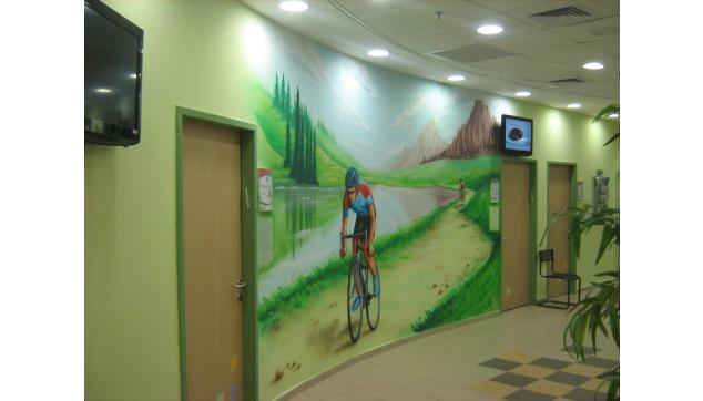 ציורי קיר במרפאות ובתי חולים