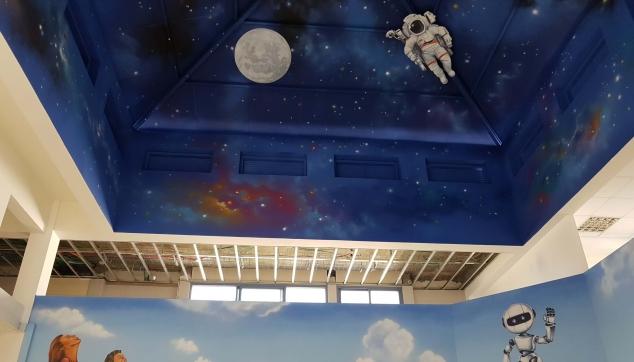 ציור של אסטרונאוטים בחל